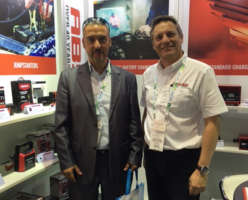 Absaar booth Dubai 2016 Automechanika customer IV